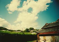Summer sky (anchor recess) Tags: sky toycamera nara 空 奈良 gojo 五條 トイカメラ vivitarultrawideslim