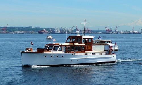 wood classic boat wooden yacht motoryacht