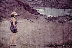 . (anbri22) Tags: woman texture beach girl hat canon landscape island spain chica lanzarote playa canarias espana canary effect isla spiaggia cappello ragazza isola elgolfo g12 mitica anbri picsart islamitica