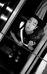 Self Portrait (acha191) Tags: street bw white black reflection canon glasses mirror bay photo escalator hong kong 5d stm 40mm acha causeway 191 mark2 5d2 acha191