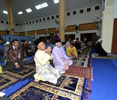 Majlis Berbuka Puasa Bersama Rakyat Negeri Terengganu. (Najib Razak) Tags: prime pm ramadan bersama minister terengganu 2012 puasa berbuka perdana razak solat najib majlis negeri menteri rakyat