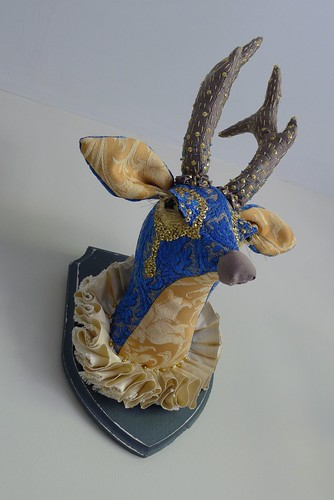 "Glam Deer • <a style=""font-size:0.8em;"" href=""http://www.flickr.com/photos/35733879@N02/7806891302/"" target=""_blank"">View on Flickr</a>"