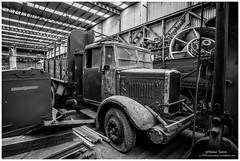 _MTA5700.jpg (Moyse911) Tags: auto usa truck army photo amazing factory fuji tank sam jeep image military picture camion american militaire fou insolite vieux armee oncle urbex amricain hangars xt1 ancetre onclesamurbexauto