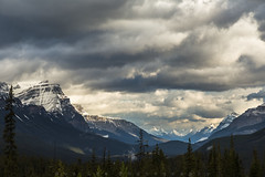 Round Table (Bun Lee) Tags: canadianrockies landscape rockymountain rockymountains alberta banffnationalpark bunlee bunleephotography canada closeup cloud cloudscapes jaspernationalpark mountain mountains nature overcast rockies improvementdistrictno9