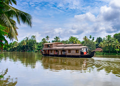 Inde du Sud (Voyages Lambert) Tags: backwater travel peopletraveling tourism cruise asianandindianethnicities indianculture luxury woodmaterial cultures famousplace south tropicalclimate vacations transportation nature ruralscene outdoors kochi kerala india asia landscape lake river water canal houseboat nauticalvessel alappuzha ship