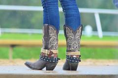 201608-21 (4) r7 cowboy boots at Laurel Park (JLeeFleenor) Tags: photos photography md maryland marylandracing marylandhorseracing laurelpark girls woman femme frau vrouw donna lamujer dona    ena kvinde nainen   n  wanita   kvinne  kobieta mulher  kvinna  kadn  ngiphn boots shoes footwear footgear cowboyboots tightjeans jeans