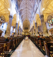 Panorama of Saint Patrick's Cathedral (Central Nave) at Night, New York (D200-PAUL) Tags: panorama cathedralofstpatrick stpatrickcathedralof saintpatrickscathedral saintpatrickcathedral romancatholiccathedral cathedralromancatholic 5thavenue fifthavenue jamesrenwick renwickjames rockefellercenter midtownmanhattan manhattan newyorkcity nyc newyork paulfernandez
