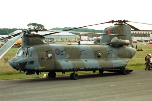 ZD980 / FJ Boeing Chinook HC1 cn MA037/M7027/B872 Royal Air Force Bournemouth Hurn 05Jun88
