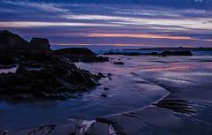 Goulien by night (nolyaphotographies) Tags: crozon goulien finistere bretagne france nikon mer plage crique soleil sun set night long exposur