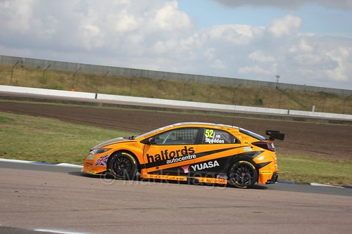 Gordon Shedden at Rockingham, August 2016