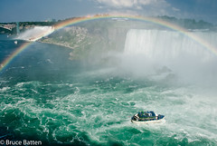 090814 Niagara-09.jpg (Bruce Batten) Tags: vehicles rainbows plants subjects transportationinfrastructure buildings atmosphericphenomena boats businessresearchtrips trees locations trips occasions rivers bridges canada rocksgeologicalformations waterfalls niagarafalls ontario ca