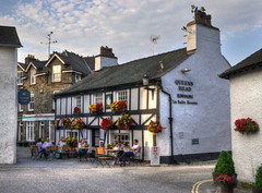 The Queen's Head, Hawkshead, Cumbria (Baz Richardson (now away for a few days)) Tags: cumbria hawkshead queensarms pubs inns 18thcenturybuildings gradeiilistedbuildings streetscenes villages lakedistrict