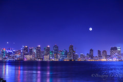 Moon festival (binzhongli) Tags: night longtimeexposure harborisland downtown sandiego festival moon