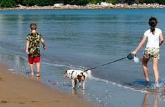 Mindil Beach, Darwin (Maisie27) Tags: ocean dog children darwin mindilbeach olympusep1