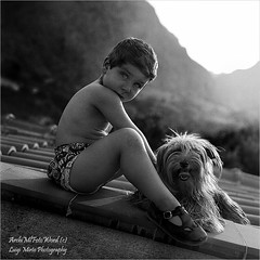 Il piccolo Roberto e Nuvola - The little Roberto and Nuvola (.Luigi Mirto/ArchiMlFotoWord) Tags: leica light portrait people bw