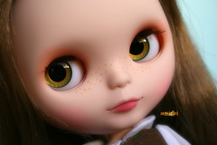 *Lily*