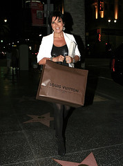 Kris Jenner (Kris Jenner in Tights) Tags: sexy beautiful legs great tights mature kris heels hott pantyhose jenner classy