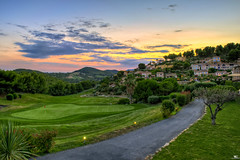 Golf at Sunset (iPh4n70M) Tags: sunset sun france tree nature colors clouds alpes golf restaurant hotel soleil nikon couleurs south coucher rhne arbres cote provence nikkor nuages hdr bandol sud dazur 9xp d700 1424mm 9raw