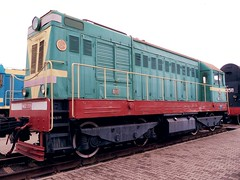 ЧМЭ2-209 (woollybah) Tags: red green yellow museum train engine brest locomotive belarus 1962 ussr беларусь gh2 брэст тепловоз ссср брест бч lumixgvario14140f4058 brestrailwaymuseum брэсцкічыгуначнымузей брестскийжелезнодорожныймузей чмэ2 чмэ2209