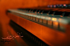 (Lujaen) Tags: light music orange black love piano موسيقى بيانو flickrandroidapp:filter=none