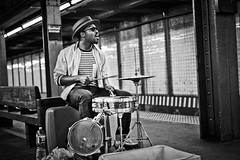 Mr Reed - Drummer Singer (@jensnink) Tags: new york nyc musician white black reed hat sunglasses brooklyn subway bedford mr singer drummer member avenue streetsinger illest