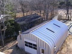 steel-building-solar-powered-metal-garage