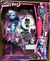 Ghouls Rule Abbey (Renka 1/2) Tags: toys jouets ghoulsrule monsterhigh abbeybominable ghoulsruleabbey