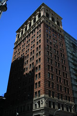 Broadway Chambers Building (Emilio Guerra) Tags: nyc newyorkcity usa ny newyork unitedstates unitedstatesofamerica landmark nyny newyorkny nuevayork downtownmanhattan newyorkcityny newyorkcitylandmarkspreservationcommission nyclpc broadwaychambersbuilding nuevayorkeeuu nuevayorknuevayork nuevayorkestadosunidos lp1753 07252012 july252012 25dejuliode2012 25vii2012 july252012walk paseodel25dejuliode2012