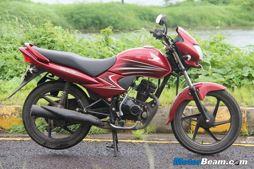 Honda-Dream-Yuga-18