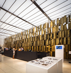 """Golden Arbor"" (Chimay Bleue) Tags: sculpture abstract art retail wall modern bronze gold golden bank screen arbor trust bertoia hanover rectangles midcentury manufacturers"