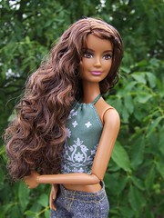 Petite Fashionistas Barbie restyled (Dollytopia) Tags: petite fashionistas barbie restyled doll mattel skipper curls waves brown brunette 2016