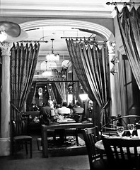 Dining room at the Carlyle Inn - BW (Daxcat) Tags: porthope port hope vacation carlyle inn beach