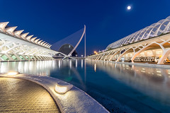 Valencia, City of Arts and Sciences I (Dev EBM) Tags: canon 70d efs1018isstm spain valencia cac cityofartsandsciences ciudaddelasartesylasciencias architecture dusk sky lights espaa santiagocalatrava eos water reflection longexposure hdr city moon bluehour pond