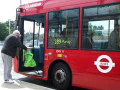 Arriva London ENX 11 on route 289 Elmers End 17/07/12. (Ledlon89) Tags: bus london buses transport londonbus tfl arriva elmersend enviro200 alexanderdennisdart closeupbuses
