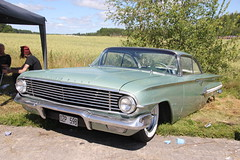 Chevrolet 1960 (Drontfarmaren) Tags: old hot classic chevrolet reunion vintage google gallery power 21 sweden july american rod sverige coverage juli bilder 2012 1960 strängnäs galleri malmby drontfarmaren