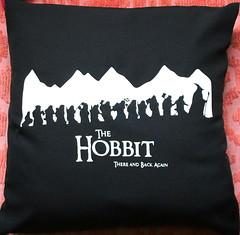Almohadn The Hobbit (Lady Krizia) Tags: dwarf pillow elf hobbit enano vinilo tolkien thehobbit thelordoftherings wilwarin estampado almohadon termoestampado