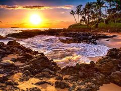 Makena Cove (mojo2u) Tags: ocean sunset beach hawaii bravo secretbeach maui makena weddingbeach nikon2470mm nikond700