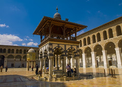 Umayyad Mosque courtyard, Damascus, Syria. (Eric Lafforgue) Tags: city color colour history architecture outdoors photography day arch islam faith religion bluesky courtyard mosque syria spirituality majestic damascus unescoworldheritage siria elegance levant syrien syrie grandmosque pavingstone placeofworship umayyad sirja omayyadmosque capitalcities 058 traveldestinations smallgroupofpeople suriye locallandmark   syri buildingexterior lowangleview  sria szria  westernasia    suriah sirija  cp  sora
