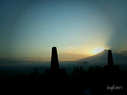 Sunrise from the top of #borobudur #temple this morning
