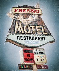 Fresno Motel (Shakes The Clown) Tags: california old blue signs texture vintage typography lights restaurant flickr neon illumination rusty motel retro fresno signage airconditioned font cocktails signlanguage grungy smugmug hwy99 colortv 500px canon5dmarkii marcshurphotographycom marcshur