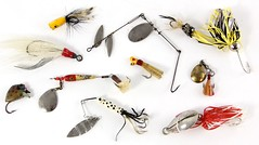 3018. (11) Vintage Fly Fishing Lures