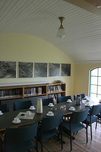"Fundarhúsið í Lóni • <a style=""font-size:0.8em;"" href=""http://www.flickr.com/photos/85403297@N08/7818339476/"" target=""_blank"">View on Flickr</a>"