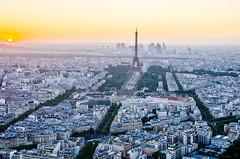 Oh la la Paris! (nicorchtt) Tags: paris francia france torre eiffel atardecer montparnasse