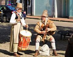 Myal Pyper (dlanor smada) Tags: myalpyper aylesbury bucks earlymusic drums pipes tudor