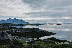 Isole Lofoten-20 (Luca Latini) Tags: landscape paesaggio viaggio travel sky cielo norway norvegia mountain montagna svolvaer reine alofoten lofoten ocean lucalatini oceano