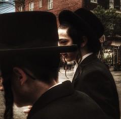 (archimontreal) Tags: outremont peyos jewishpride hasidseries chassidic chassidish kosher yiddish hasidic jews hebrew vscocam jew judaism kapelyush