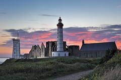 _LN14815-coucher de soleil à St Mathieu (Brestitude) Tags: sunset lighthouse brittany ranger bretagne breizh phare coucherdesoleil rx finistère elinchrom pointesaintmathieu d700 brestitude pocketwizzardiiiplus