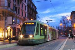 ATAC 9202. Roma, Arenula/Ministero della Giustizia (Ivan Furlanis) Tags: light rome roma rail tramway rom strassenbahn tranvia