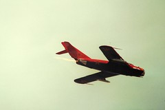Mig-17 Fresco (San Diego Air & Space Museum Archives) Tags: airplane aircraft aviation fresco mig militaryaviation mikoyan afterburner mig17 vk1 fagot mikoyangurevich mig17f billreesman reesman reheat klimov pzlmielec mikoyangurevichmig17f lim5 mikoyangurevichmig17 nx117br klimovvk1 n117br pzlmieleclim5 klimovvk1f vk1f reesmanbill