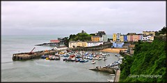 Tenby Harbour... (Gale's Photographs) Tags: sea boats nikon harbour tenby d90 tenbyharbour nikond90 18105vr clairescaravan yahoo:yourpictures=yoursummer